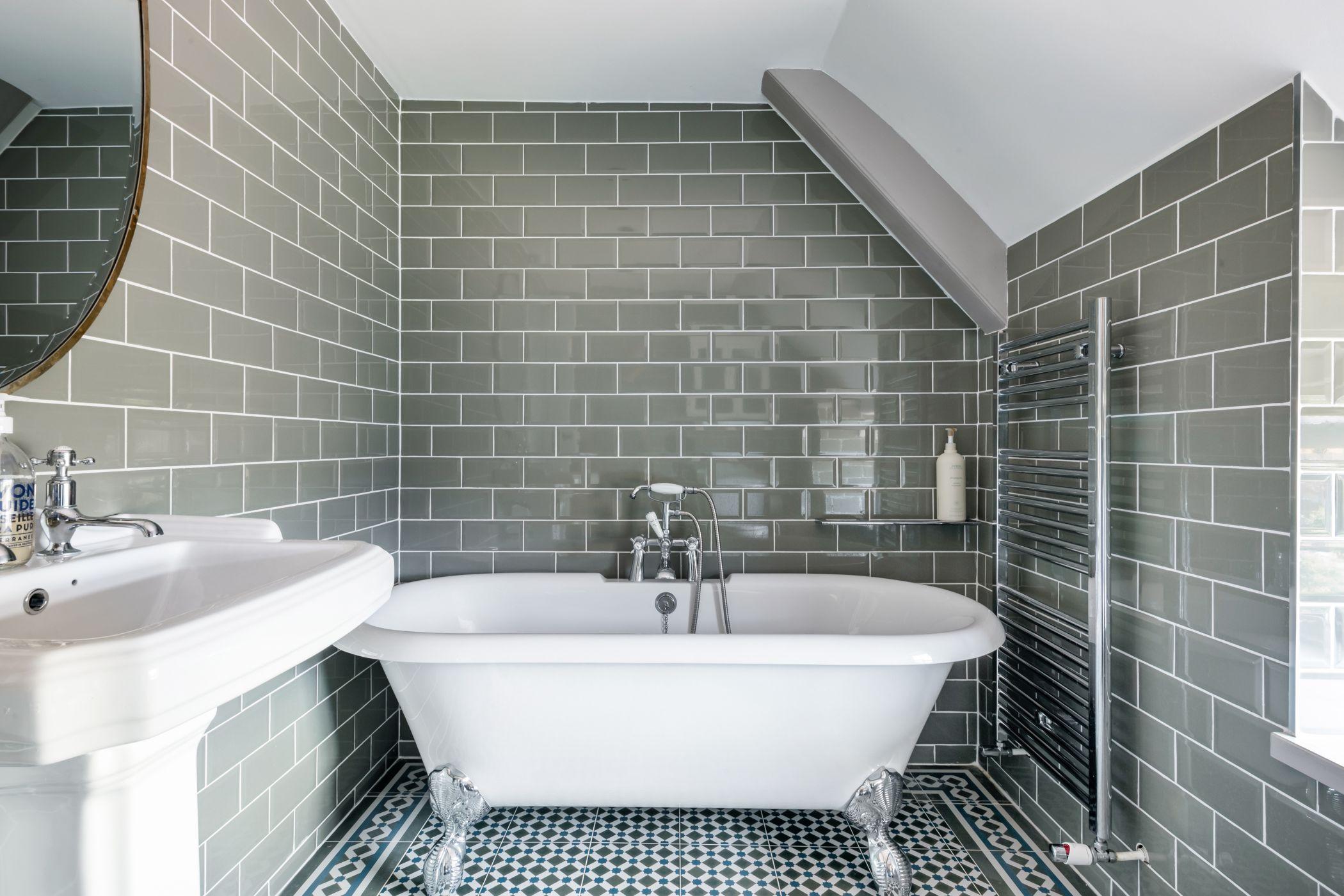 bathroom-fitting-bathroom-renovation-London