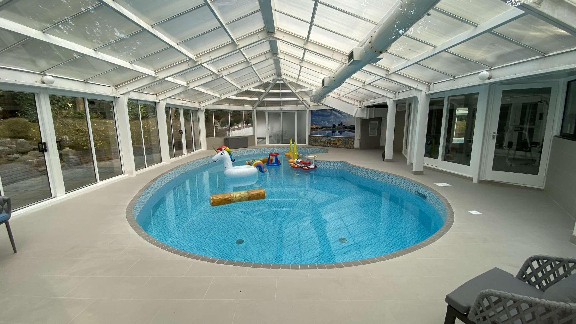 swimming-pool-builders-swimming-pool-installation-London